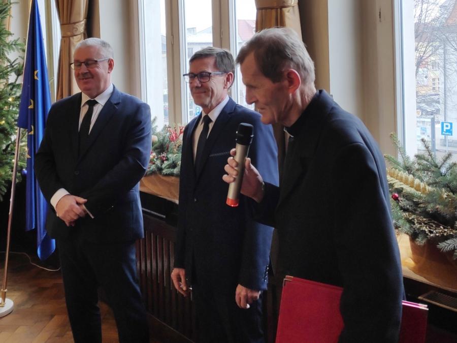 Gratulacje dla księdza Zdzisława Baranowskiego