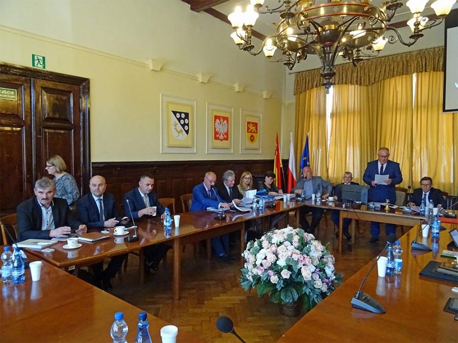 Raport o stanie powiatu i absolutorium dla Zarządu Powiatu
